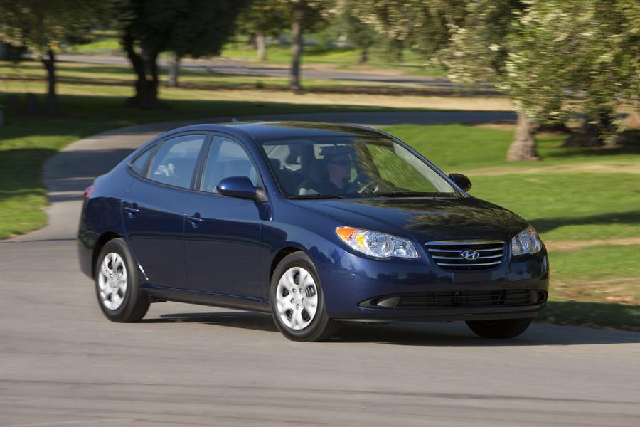 2010 Hyundai Elantra Photo 3 of 20