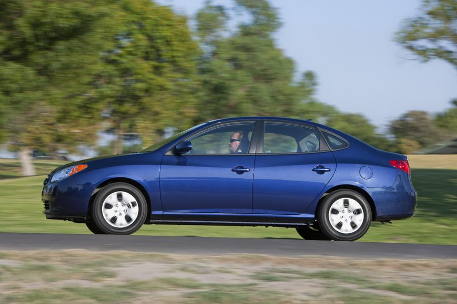 2010 hyundai elantra reviews specs and prices. Black Bedroom Furniture Sets. Home Design Ideas