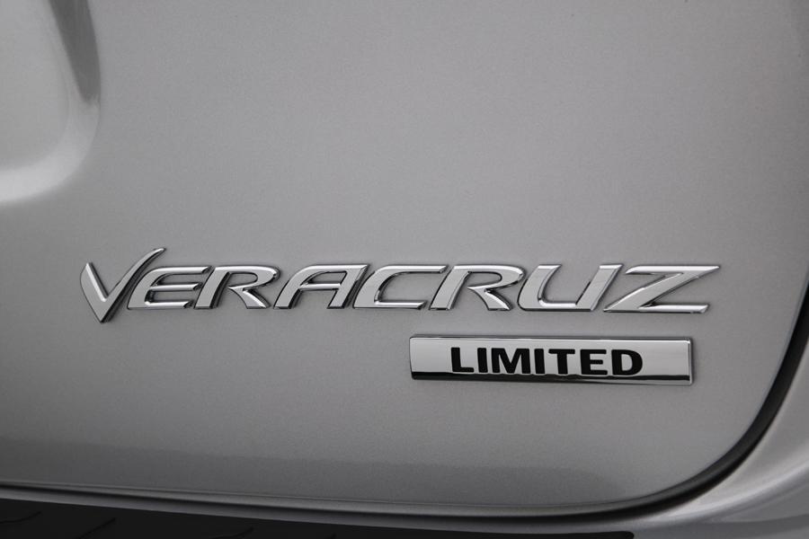 2010 Hyundai Veracruz Photo 2 of 14