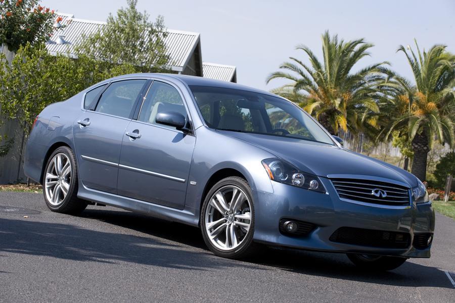 Infiniti Sedan Models Price Specs Reviews Cars Com
