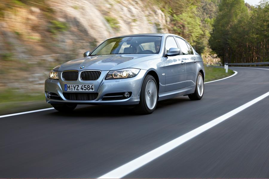 2010 BMW 335 Photo 3 of 21