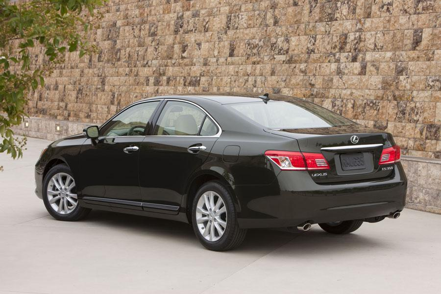 2010 Lexus ES 350 Photo 4 of 22