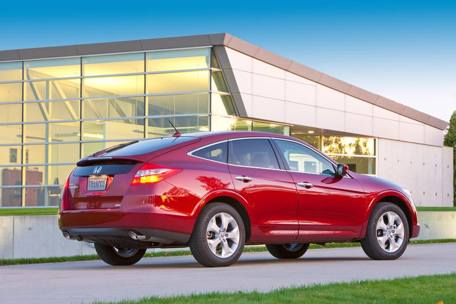2010 Honda Accord Crosstour Photo 3 of 20
