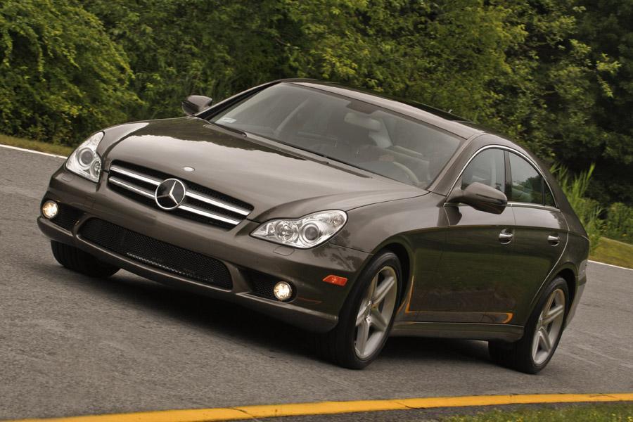 2010 Mercedes-Benz CLS-Class Photo 1 of 20