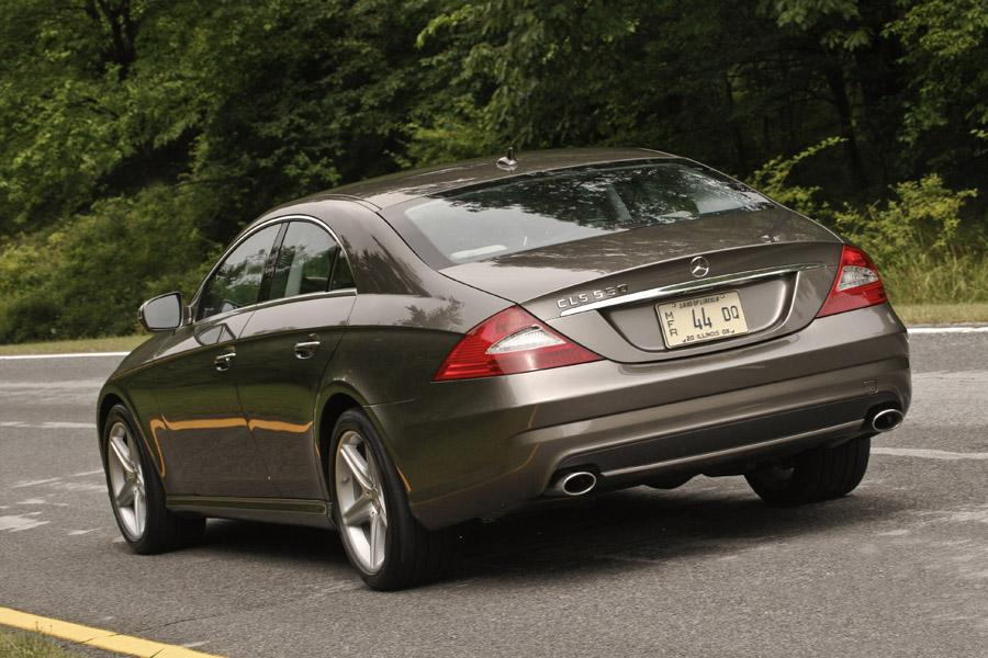 2010 mercedes benz cls class overview for Mercedes benz cls 2010