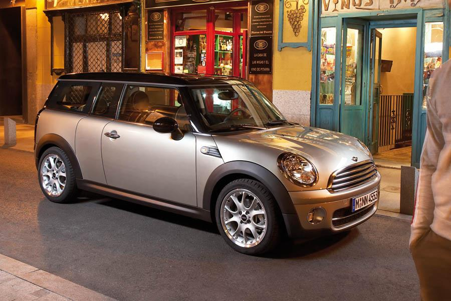 2010 mini cooper clubman reviews specs and prices. Black Bedroom Furniture Sets. Home Design Ideas