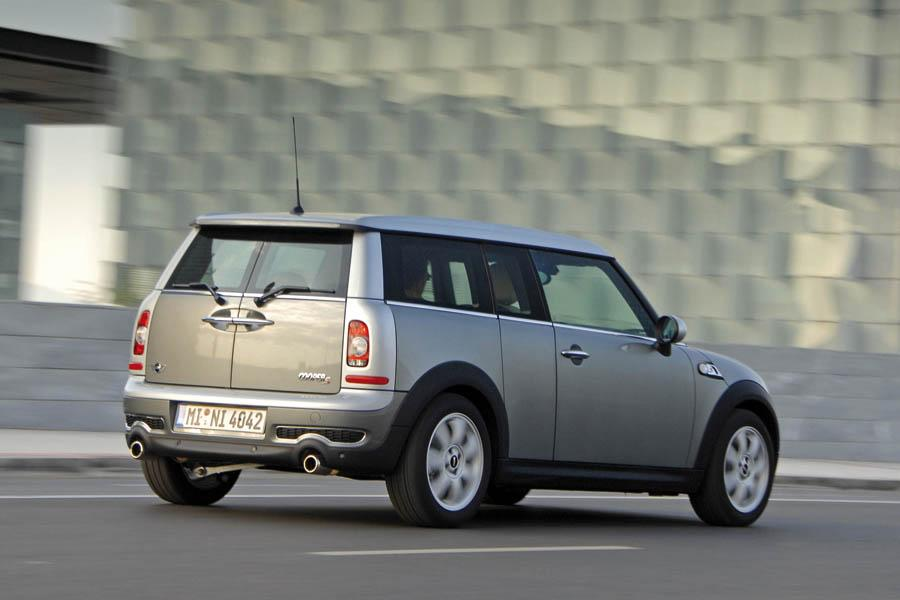 2010 mini cooper s clubman reviews specs and prices. Black Bedroom Furniture Sets. Home Design Ideas