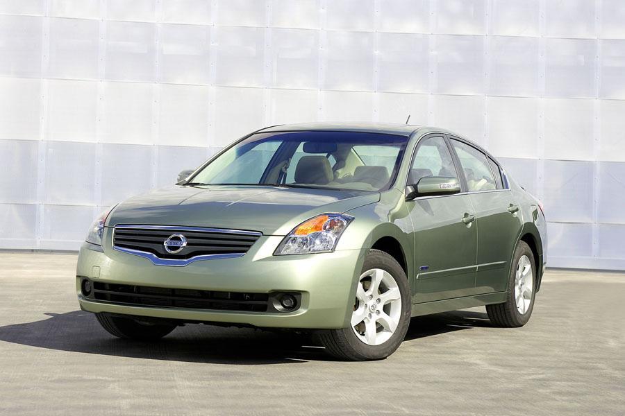 2010 Nissan Altima Hybrid Photo 1 of 10