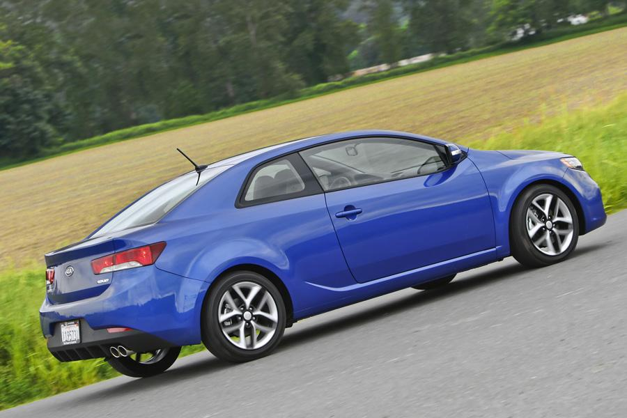 2010 kia forte koup reviews specs and prices. Black Bedroom Furniture Sets. Home Design Ideas