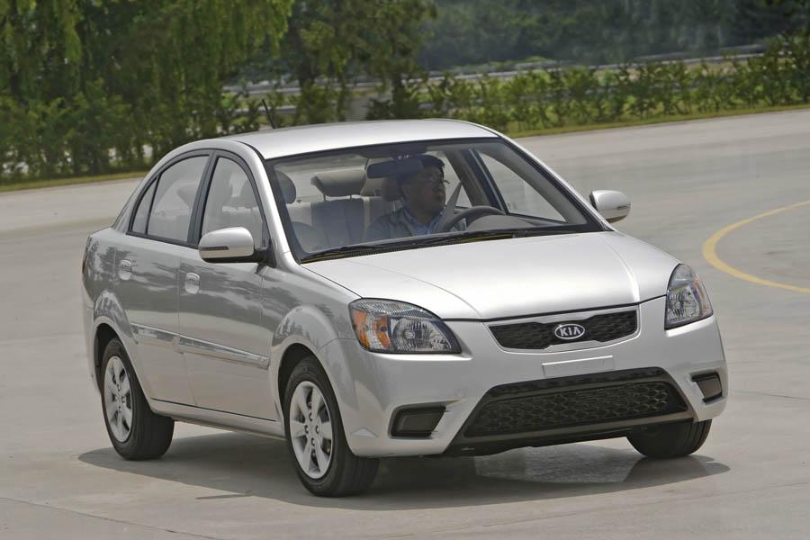 2010 kia rio overview. Black Bedroom Furniture Sets. Home Design Ideas