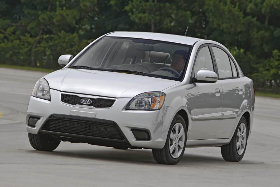 2010 kia rio reviews specs and prices. Black Bedroom Furniture Sets. Home Design Ideas
