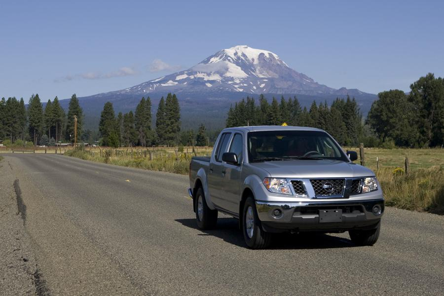 2010 Nissan Frontier Photo 3 of 20