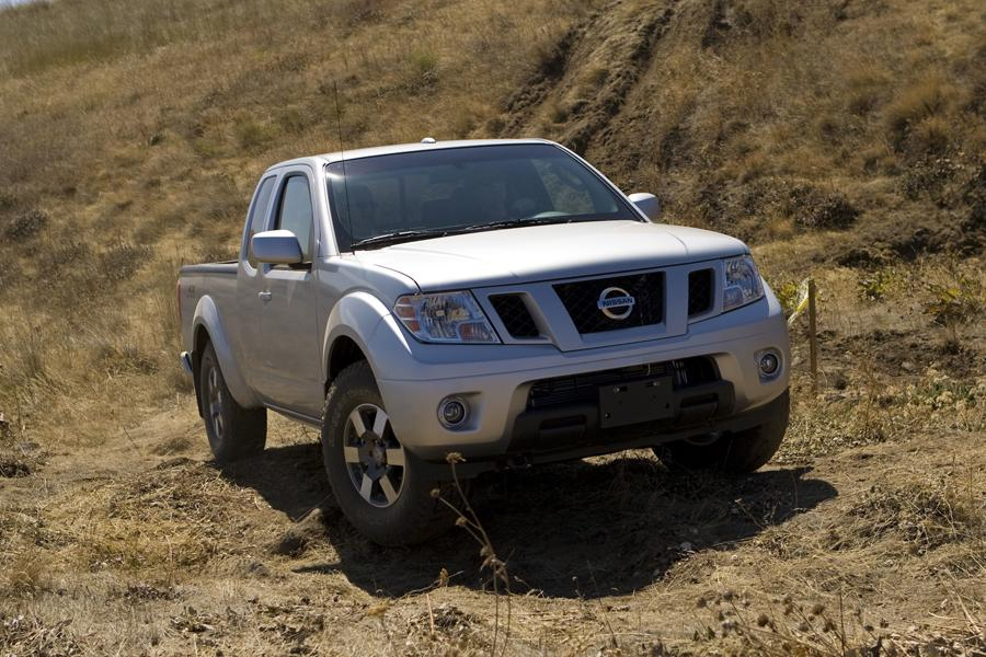 2010 Nissan Frontier Photo 4 of 20
