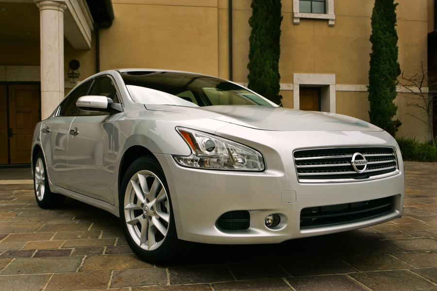 2010 Nissan Maxima Reviews Specs And Prices Cars Com