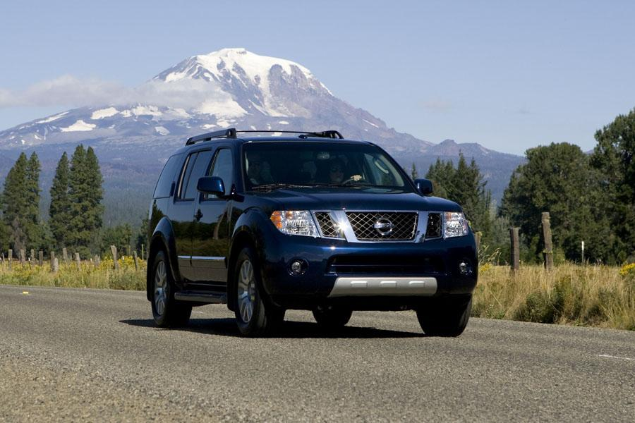 2010 Nissan Pathfinder Photo 3 of 20