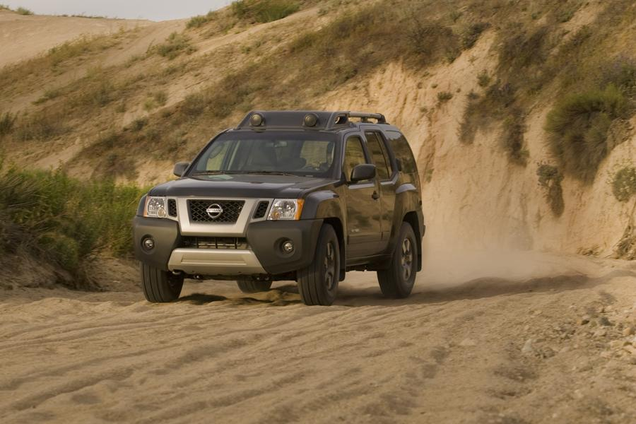 2010 Nissan Xterra Photo 4 of 19