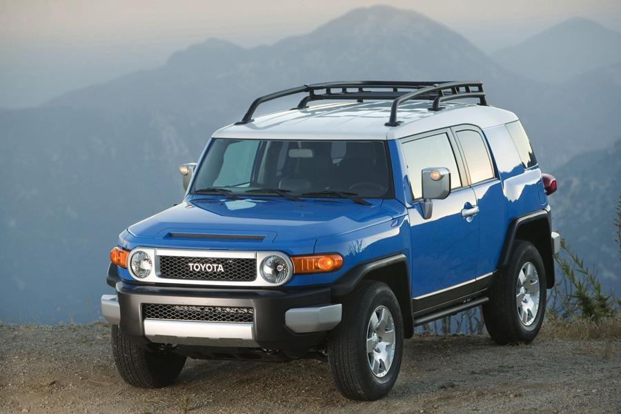 2010 Toyota FJ Cruiser Photo 3 of 20