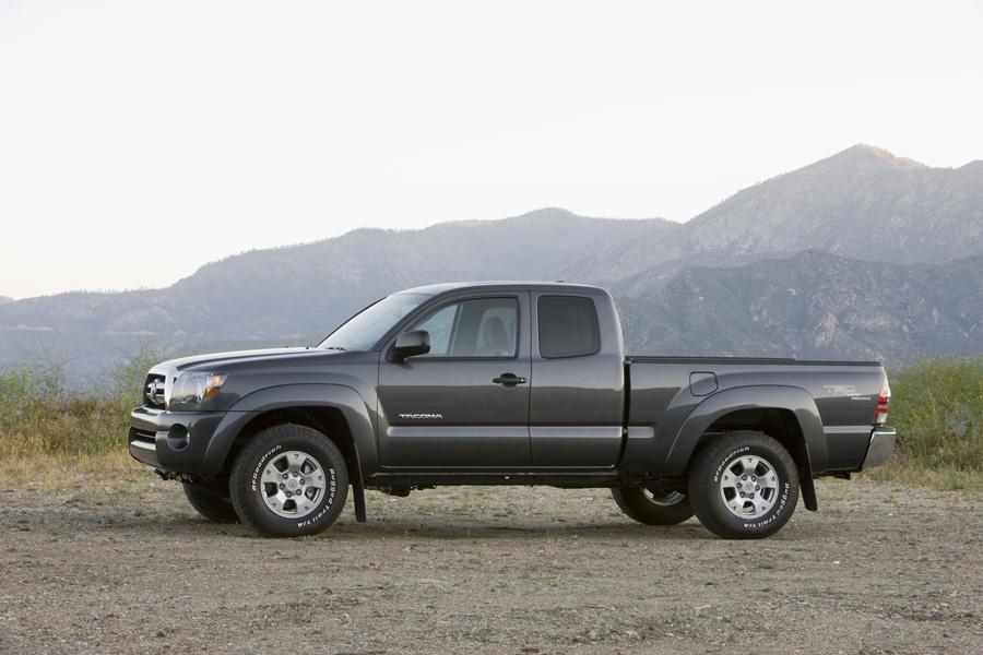 2010 Toyota Tacoma Photo 5 of 20