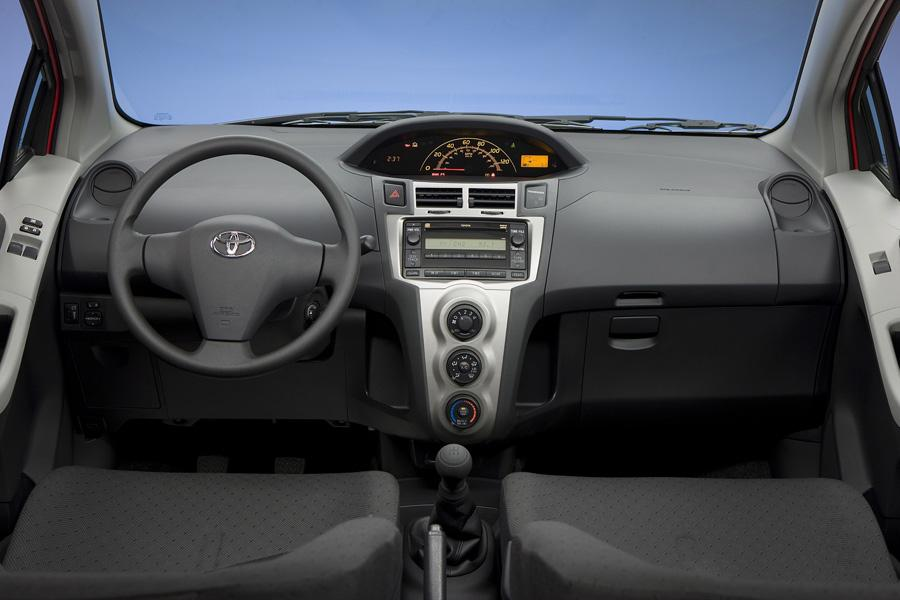 2010 toyota yaris specs pictures trims colors cars