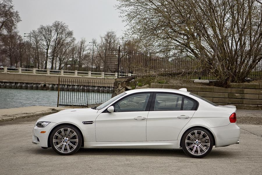 2010 BMW M3 Photo 3 of 20