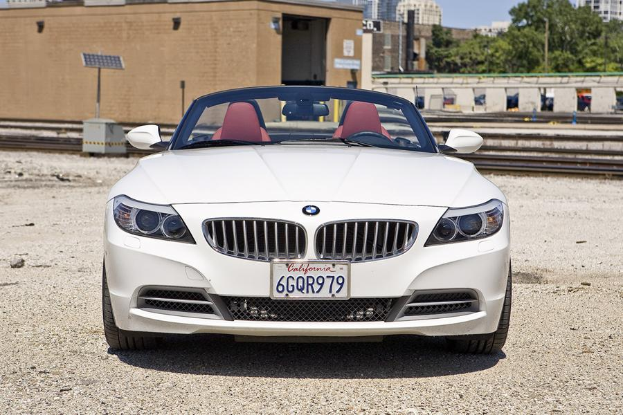 2010 BMW Z4 Photo 2 of 20
