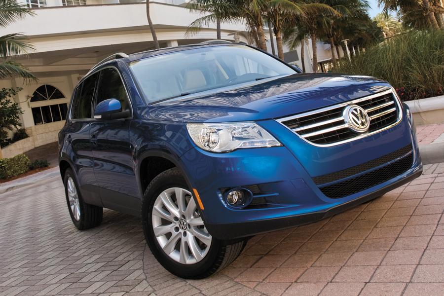 volkswagen tiguan reviews specs  prices carscom