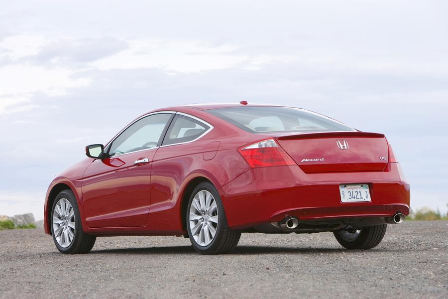 2010 Honda Accord Photo 4 of 20