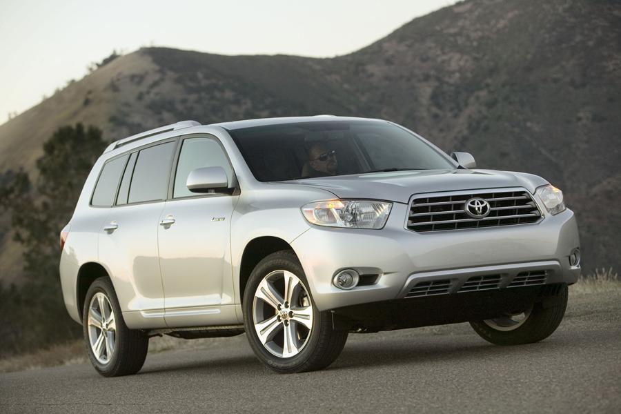 2016 Toyota Highlander For Sale >> 2010 Toyota Highlander Reviews, Specs and Prices | Cars.com