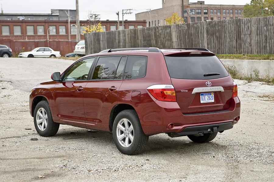 2014 Highlander For Sale >> 2010 Toyota Highlander Reviews, Specs and Prices | Cars.com