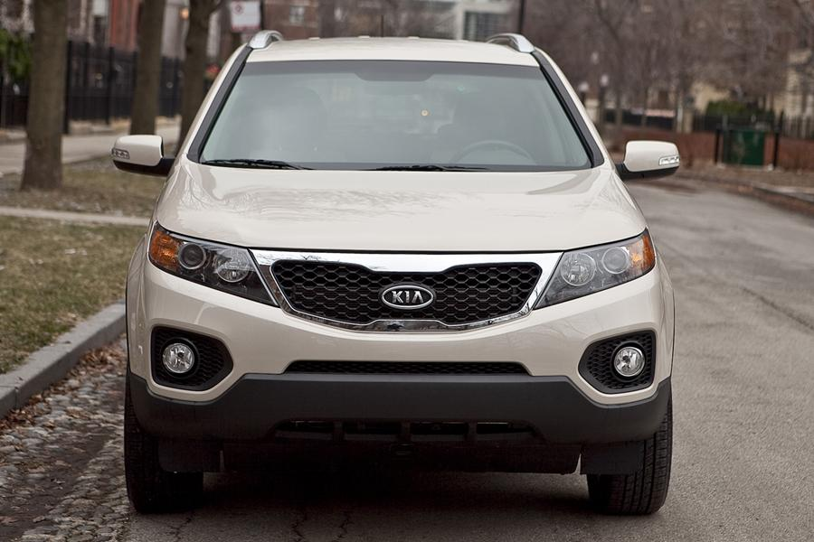 2011 Kia Sorento Photo 2 of 20