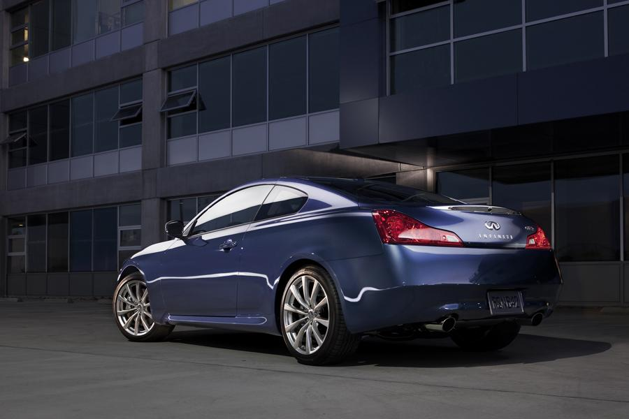 2010 infiniti g37 reviews specs and prices. Black Bedroom Furniture Sets. Home Design Ideas