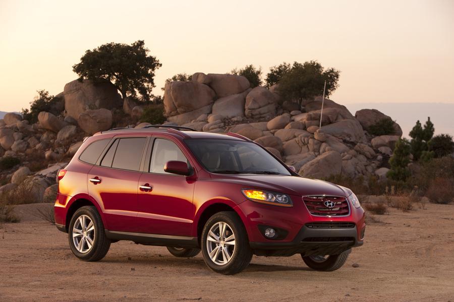2010 Hyundai Santa Fe Photo 4 of 20