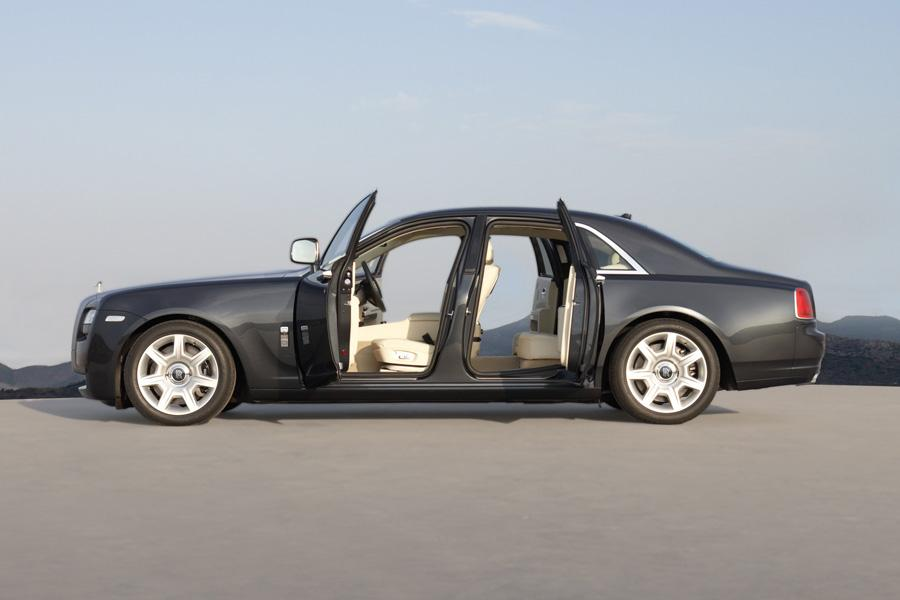 2010 Rolls-Royce Ghost Photo 3 of 20
