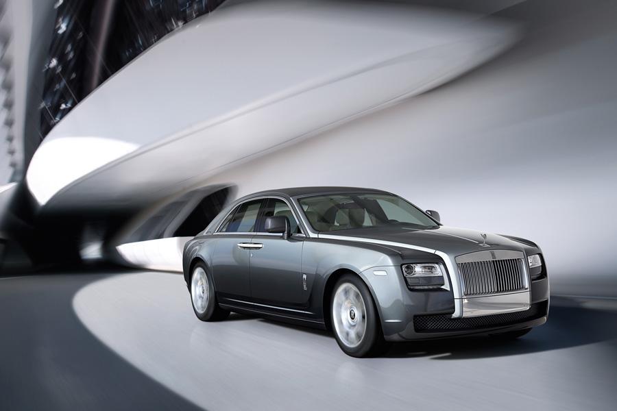 2010 Rolls-Royce Ghost Photo 4 of 20