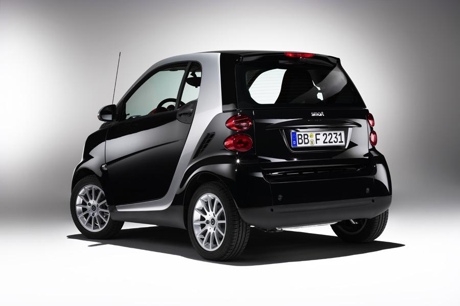 2010 smart ForTwo Photo 2 of 20