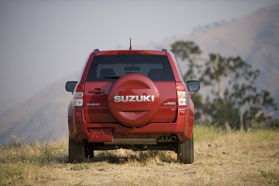 2010 Suzuki Grand Vitara Photo 5 of 20