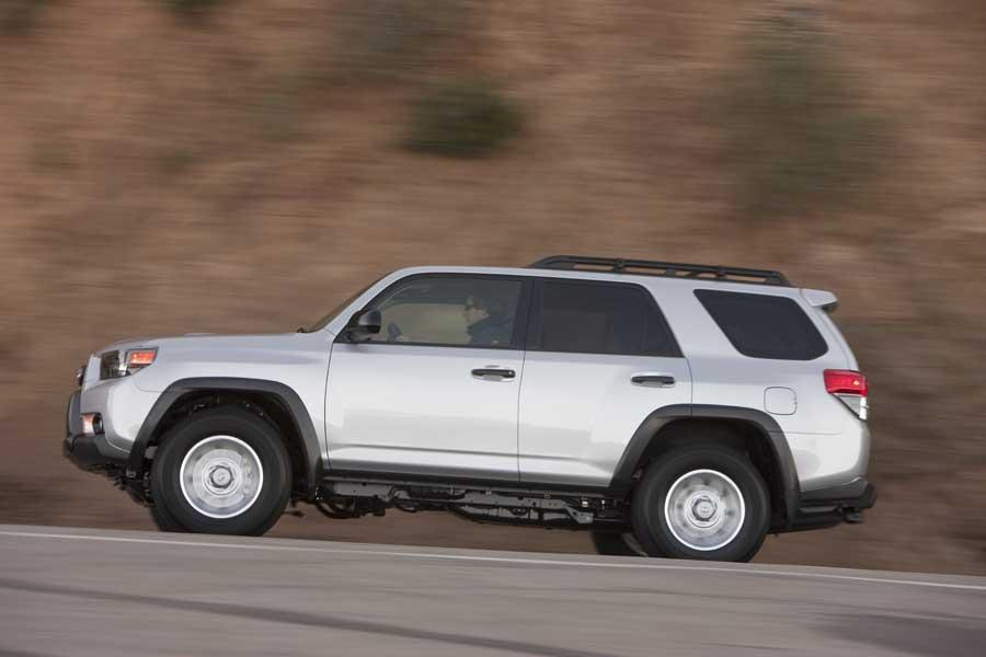 2015 Toyota 4Runner For Sale >> 2010 Toyota 4Runner Reviews, Specs and Prices | Cars.com