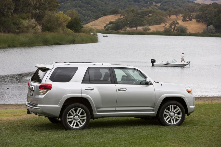 2010 Toyota 4Runner Reviews, Specs and Prices | Cars.com