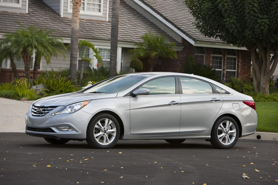 2011 Hyundai Sonata Overview Cars