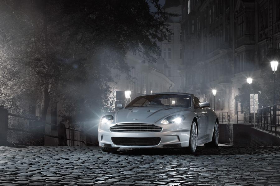 2010 Aston Martin DBS Photo 4 of 20