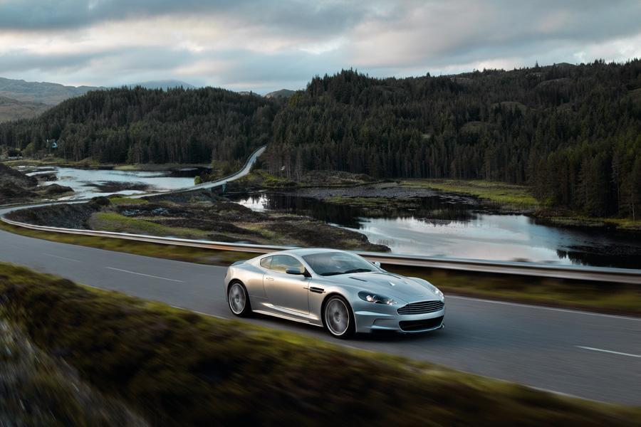 2010 Aston Martin DBS Photo 6 of 20