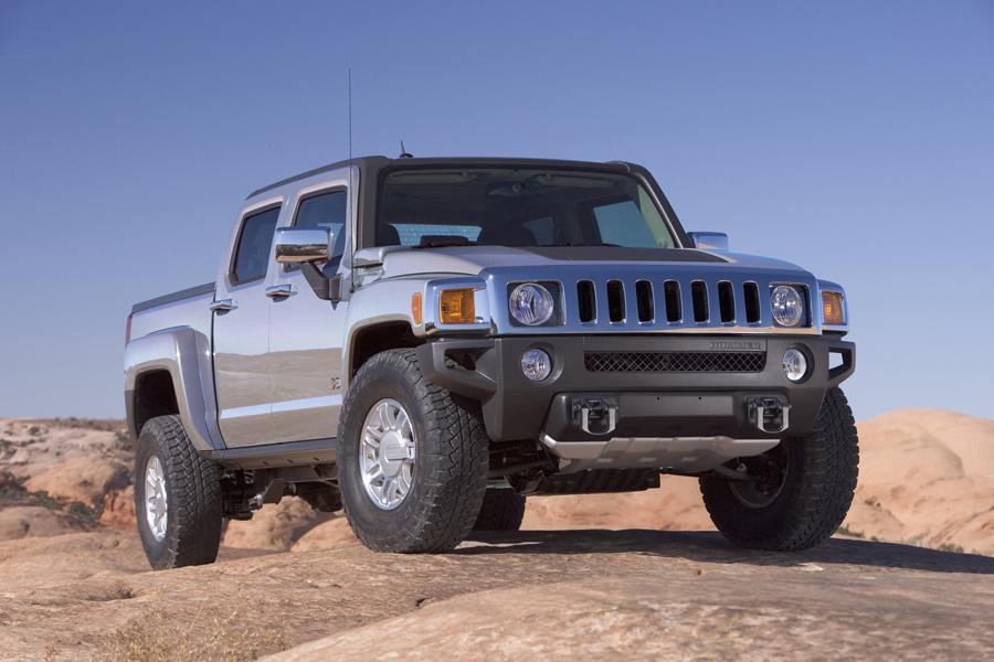 2010 Hummer H3T Photo 2 of 20