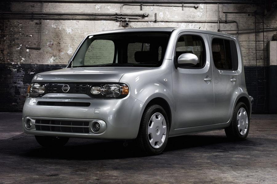 2010 Nissan Cube Photo 3 of 20