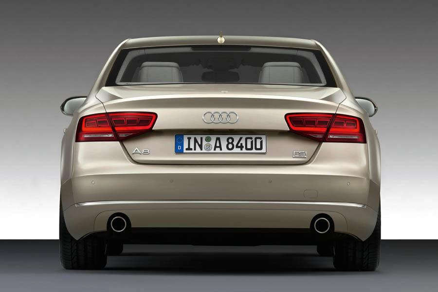 2011 Audi A8 Photo 3 of 21