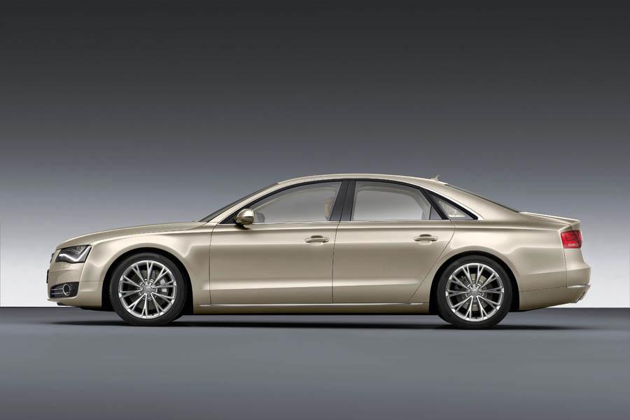 2011 Audi A8 Photo 5 of 21