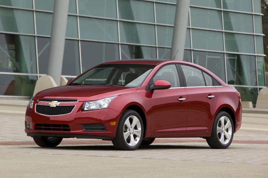 2011 chevrolet cruze specs pictures trims colors. Black Bedroom Furniture Sets. Home Design Ideas