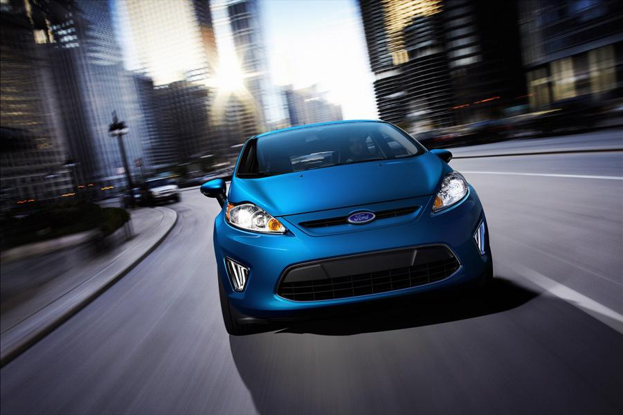 2011 Ford Fiesta Photo 2 of 20