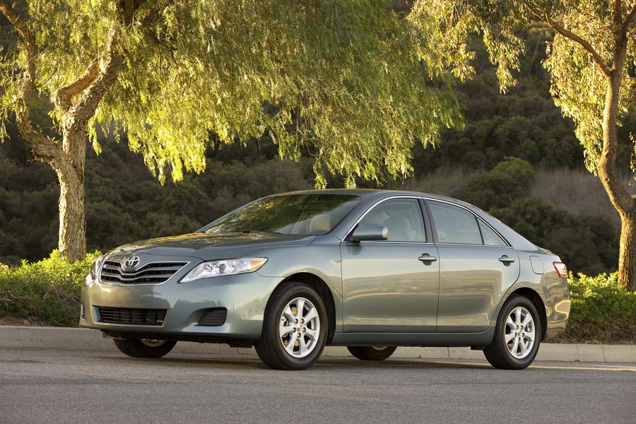 2011 Toyota Camry Photo 1 of 21