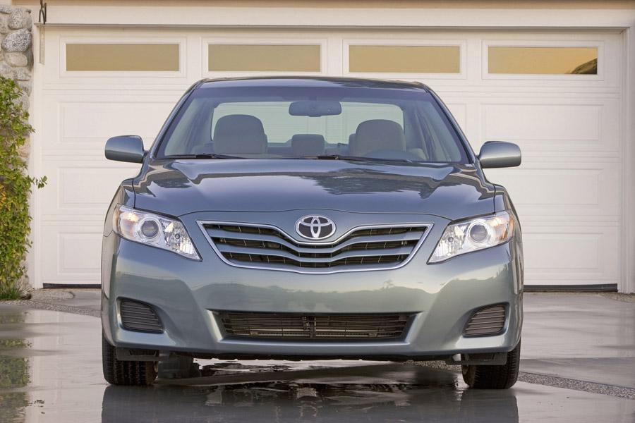 2011 Toyota Camry Photo 5 of 21