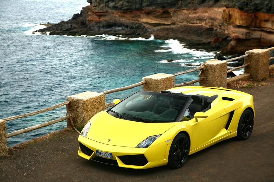 2010 Lamborghini Gallardo Photo 4 of 20
